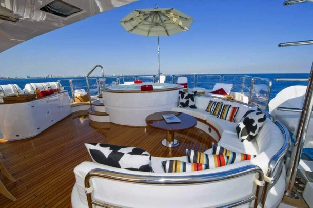 LADY SHEILA -  Uper deck 2